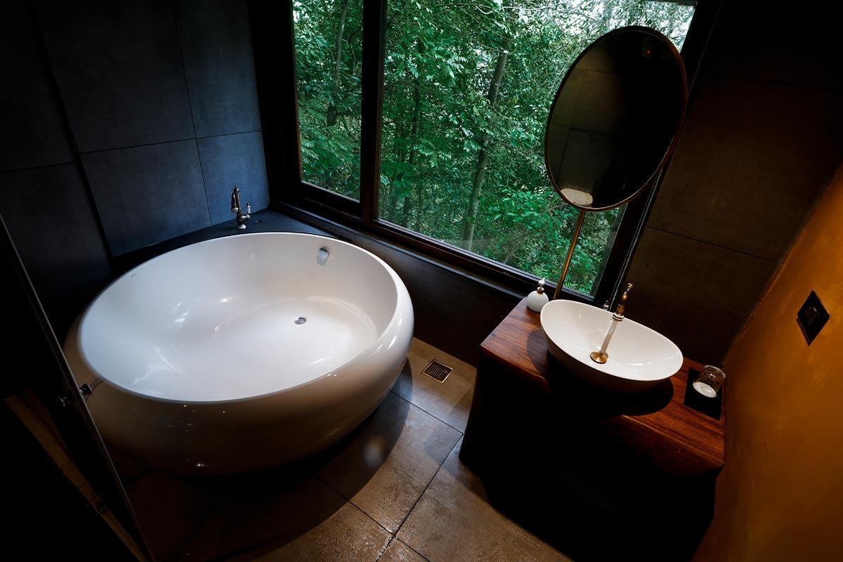 PV-Slider_0006_Bath-tub